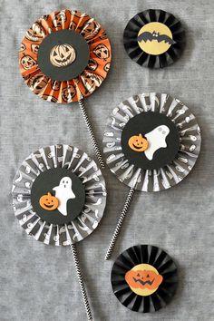 ペーパーファン_作り方 Halloween First Birthday, Girl First Birthday, Halloween Cakes, Halloween House, Halloween Party, Fall Crafts, Diy And Crafts, Paper Crafts, Diy For Kids