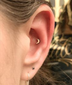 Conch ear piercing are so in right not.