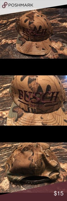 Men's Busch Official Product Camo Adjustable Hat Up for sale is the Men's 2005 Official Budweiser Adjustable Hat you see pictured. There are no rips or tears or stains Accessories Hats
