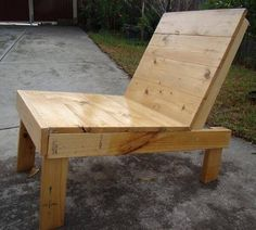 Once again we are offering you few amazing DIY wooden pallet chair designs for your home. This fabulous wooden structure will definitely provide you maximum Painted Wooden Chairs, Chair Design Wooden, Painting Wooden Furniture, Wooden Pallet Furniture, Wooden Pallets, Wooden Diy, Pallet Chairs, Outdoor Furniture, Wood Chairs