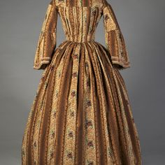 Printed wool day dress, KSUM 1984.2.46