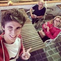 FavijTV @favij Family Selfie! w/...Instagram photo | Websta (Webstagram)