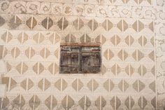 Haus Padrun, Andeer, Schams, Graubünden, Schweiz Magic Carpet, Valance Curtains, Destinations, Home Decor, Landscape Pictures, Switzerland, House, Decoration Home, Room Decor
