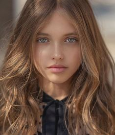 Maisie de Krassel Thanks again for all the love. It's been a rough week over here. Most Beautiful Faces, Beautiful Little Girls, Stunning Eyes, Beautiful Children, Gorgeous Women, Beautiful Pictures, Girl Face, Woman Face, Little Girl Models