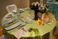 proposta di mise en place per matrimoni durante una serata di San Valentino - raso verde mela