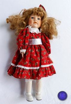 porcelain-dolls-With-music-box-034-We-wish-you-a-Merry-Christmas-034-Movement