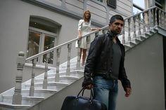 Leather Jacket, Jackets, Fashion, Actor, Female Actresses, Singers, Studded Leather Jacket, Down Jackets, Moda