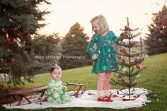 Cute for a Christmas card! Child Photography / Prop Ideas / Holiday Photo Session Idea