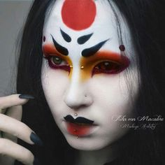 Cosplay ideen - Of Ladies Have Thinning Hair! How your hair grows Your hair is made from Geisha Makeup, Sfx Makeup, Cosplay Makeup, Costume Makeup, Makeup Art, Beauty Makeup, Geisha Costume, Makeup Inspo, Makeup Inspiration