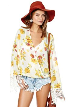 Blooming Out Top   Shop Tops at Nasty Gal
