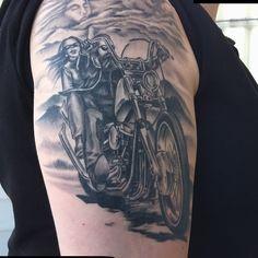 25 Adventurous Harley Davidson Tattoos Check more at http://tattoo-journal.com/25-adventurous-harley-davidson-tattoos/