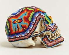 Great beaded skulls created by Our Exquisite Corpse in collaboration with the Huichol people of Mexico . Crane, Vanitas Vanitatum, Exquisite Corpse, Beaded Skull, Skull And Bones, Skull Art, Bead Art, Designing Women, Contemporary Art