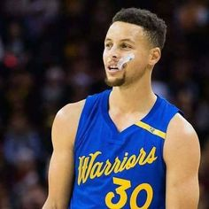 Stephen Curry Ayesha Curry, Nba Stephen Curry, Nba News Update, Curry Basketball, Basketball Party, Basketball Players, Golden State Basketball, Wardell Stephen Curry, Stephen Curry Pictures