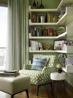 30 Clever Ideas Small Corner Shelves for Living Room Design. This time, I'm gonna show you some clever ideas of small corner shelves for living room design, because small corner […] Living Room Interior, Home Living Room, Living Room Decor, Apartment Living, Apartment Interior, Small Room Design, Family Room Design, Small Living Rooms, Living Room Designs