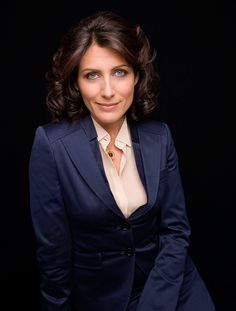 Lisa Edelstein : elle a dit adieu à Dr House Black Dress Red Carpet, The Larry Sanders Show, Lisa Cuddy, Doctor House, Girlfriends Guide To Divorce, Lisa Edelstein, House Md, Hugh Laurie, Queen