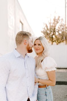 Click to browse the blog of the dreamy midwestern engagement session   Posing inspiration   Outfit Inspiration   Engagement Session Location ideas   Elopement inspiration   Wedding day details   Engagement session planning   Places to Elope   Wedding photography by Raegan Buckley Photography Elope Wedding, Wedding Day, Engagement Session, Engagement Photos, Elopement Inspiration, Wedding Photography, Couple Photos, Chic, Outfit