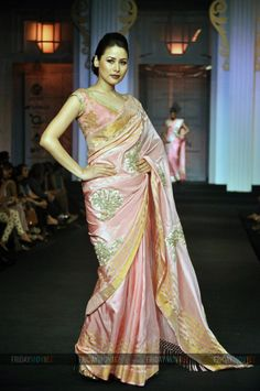 A model walks the ramp for designer Pallavi Jaikishan on Day 5 of Aamby Valley India Bridal Fashion Week 2012