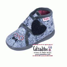 Zapatillas de estar en casa para niña de cálido tejido gris con bordado de un…