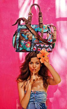 LONDON KAITLIN bag  #colors #handbag #desigual #silence