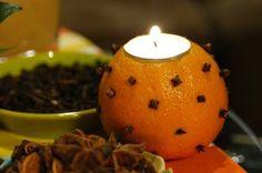 {Madeleine de Proust} Noël c'est une ambiance, une décoration et des souvenirs. Pour ma part, quand je pense à cette période, ce sont des souvenirs olfactifs qui remontent à la surface : odeurs de cannelle, d'orange et de chocolat... Pour un retour en...