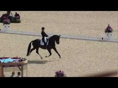 Charlotte Dujardin and Valegro - Olympic Gold Medallists Kur London 2012 - YouTube