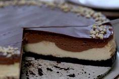 Querrás devorarte este delicioso y suave cheesecake de nutella http://www.upsocl.com/cat/comida/