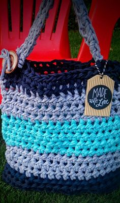 Beach Bag-Crocheted t-shirt yarn beach bag Large