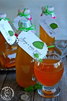 Healthy Juice Recipes, Healthy Juices, Pantry, Herbalism, Christmas Bulbs, Food And Drink, Cooking Recipes, Pudding, Herbs
