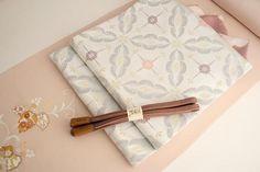 高島織物 謹製 特選西陣織袋帯 「松菊文」白地