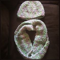 Cute set! Infinity crochet scarf with matching beenie. Both warm and thick. Buy now at https://www.etsy.com/listing/198356341/crochet-infinity-scarf-and-beenie