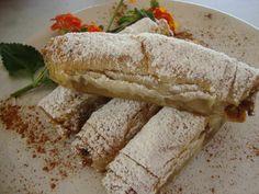 Pumkin Recipes, Thanksgiving Desserts, Pie Dish, Tart, Bakery, Deserts, Pumpkin, Sweets, Bread
