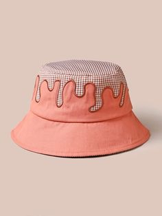 Funky Hats, Cute Hats, Cute Comfy Outfits, Cute Outfits For Kids, Bucket Hat Outfit, Stylish Caps, Accesorios Casual, Girls Fashion Clothes, Outfits With Hats