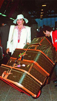 Vintage Joan Collins arriving at heathrow Airport. #celebritytravels