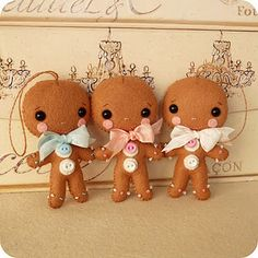 Adorable Felt Gingerbread Men to sew. Would love to get this pattern someday! So cute!