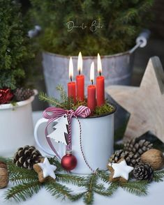 Christmas advent wreath You are in the right place about Photography Subjects ideas Here we offer you the Christmas Advent Wreath, Christmas Candles, Outdoor Christmas, Christmas Crafts, Christmas Christmas, Winter Centerpieces, Candle Centerpieces, Diy Crafts To Do, Home Crafts