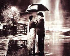 A still from the film 'Shree starring Raj Kapoor and Nargis Bollywood Posters, Bollywood Songs, Bollywood Actors, Film Icon, Song Hindi, Vintage Bollywood, Singing In The Rain, Indian Movies, Indian Film Actress