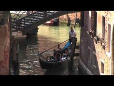 Awesome video to teach kids about Venice and Italy!! This family and their two boys film their adventure while teaching about Italy.