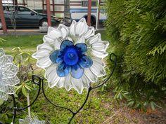 RECYCLEG GLASS FLOWER ! BLUE