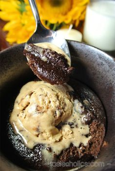 Keto Lava Cake - an easy to make, low carb mug cake with only 4g of carbs! Deliciously chocolate, completely sugar free & irresistibly molten and gooey! We love making this late at night when sweet cravings kick in!