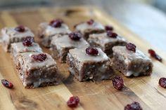 Weihnachtsbäckerei: Sojola Magenbrot mit Cranberries