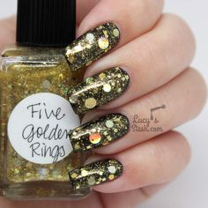 *PR sample Hello lovelies, Hope you're all well! I have a queue of polishes that I want to show you and today it's another Lynnderella glitter bomb. It's called Five Golden Rings and it's very sparkly, festive and beautiful. I probably should've post. Glitter Bomb, Glitter Nails, Five Golden Rings, Mermaid Glitter, Black Polish, Indie Brands, Swatch, Gold Rings, Nail Polish