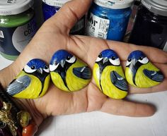 "388 Likes, 29 Comments - Bricioledimare (@armariannamaria) on Instagram: ""#magneti #birds #cinciallegra #titmouse #painter #paintingstones #pebbleart #handmade #fineart…"""