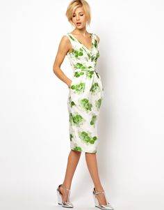 :ASOS pencil dress in floral jacquard Beautiful classic, vintage style with great details, still flatters! Love the new hair with it but not the shoes so much.