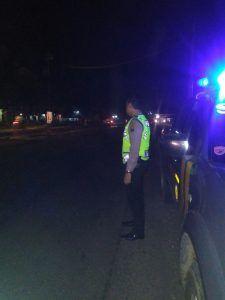 Polsek Grati Polresta Pasuruan Melaksanakam Patroli Subuh Di Jalur Surabaya  Banyiwangi