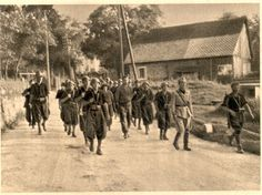 "WW2 Slovenia: Two partisans executed by the ""White Guard""  Read more: http://histomil.com/viewtopic.php?f=338&t=3918&p=108012&hilit=slovenia#p108012#ixzz3JGmMEU90"