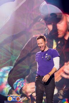 Coldplay Santiago ... Coldplay Tour, Coldplay Chris, Great Bands, Cool Bands, Phil Harvey, Jonny Buckland, Blue Eyed Men, Chris Martin, British Rock