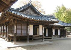 Hanok for the Yangban - Korean Aristocrat Houses - Korean Folk Village, South Korea by Bencito the Traveller, via Flickr
