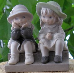 """KIM ANDERSON Figurine - """"We're Two Of A Kind"""". $10.00, via Etsy."""