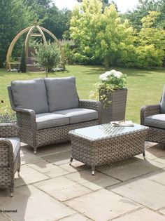 At Rattan Garden Furniture, We Offer A Wide Range Of Stylishly Designed,  Comfortable And Nice Ideas