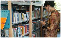 Trois bibliothèques tous publics, enfants et adultes, Elsa-Triolet, Jules-Verne et Romain-Rolland, installées dans les différents quartiers de la ville, sont à disposition des Pantinois.